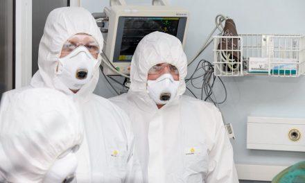 Primul pacient cu tumoră cerebrală, confirmat cu COVID-19, operat cu succes la Spitalul de Neurochirurgie din Iași