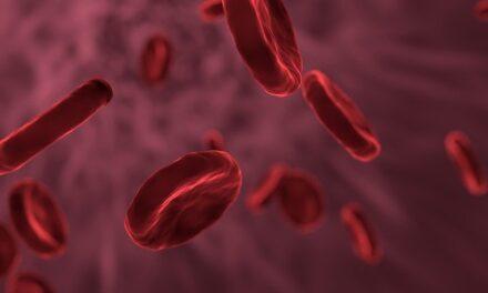 """COVID-19 provoacă """"hiperactivitatea""""  celulelor care coagulează sângele"""