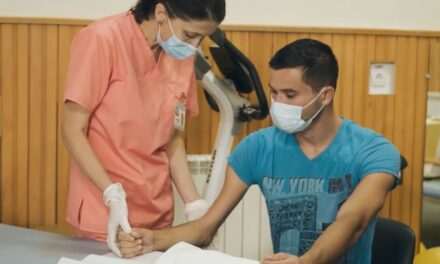 Video educațional: Kinetoterapia cotului în artropatia hemofilică